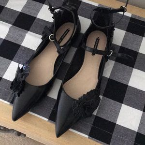 New without tags Zara black flats Size 40